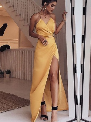 Daffodil Satin Spaghetti Straps Sheath/Column Floor-Length Dresses