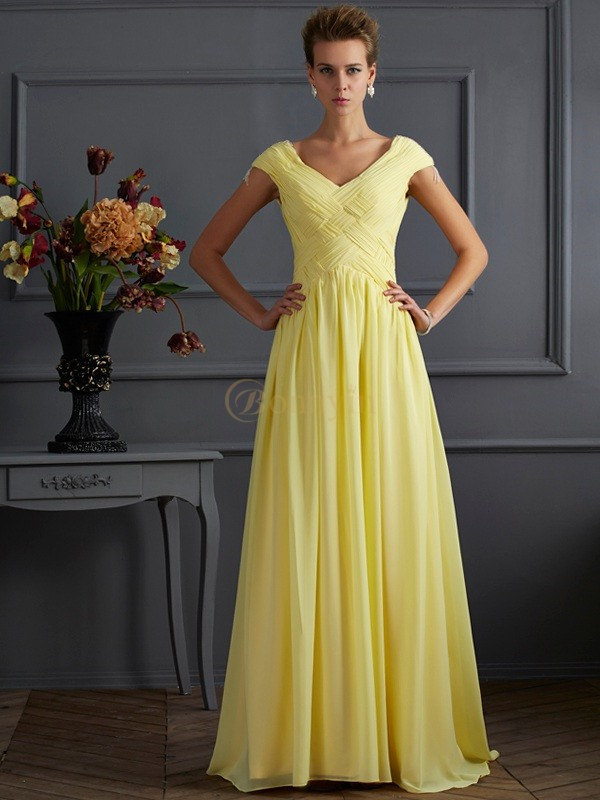 Daffodil Chiffon V-neck A-Line/Princess Sweep/Brush Train Dresses