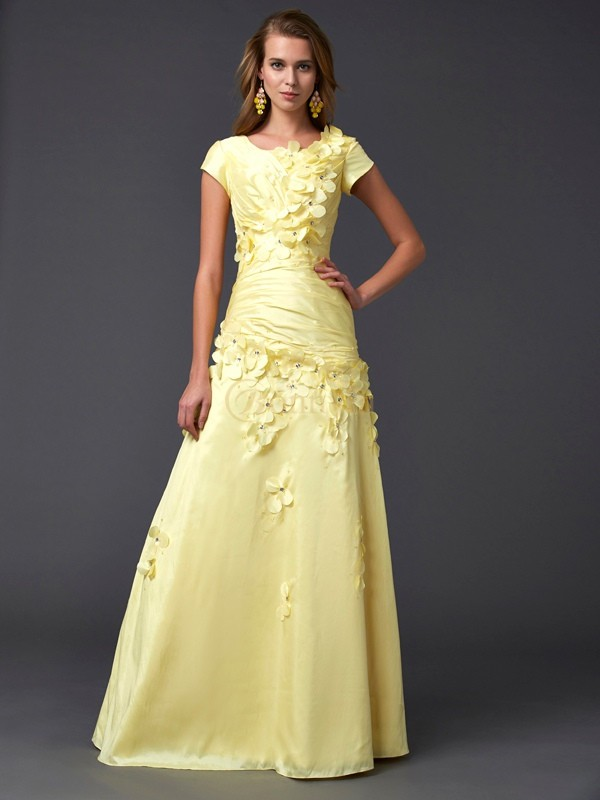 Yellow Taffeta Scoop Sheath/Column Floor-Length Dresses