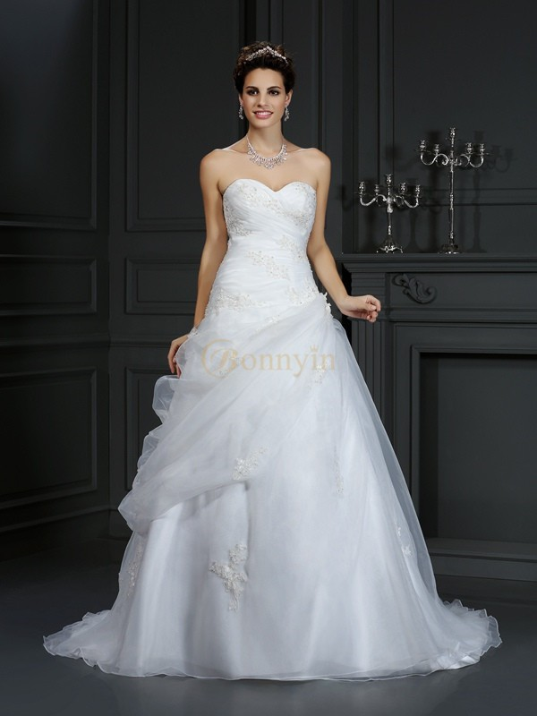 Ivory Organza Sweetheart Ball Gown Court Train Wedding Dresses