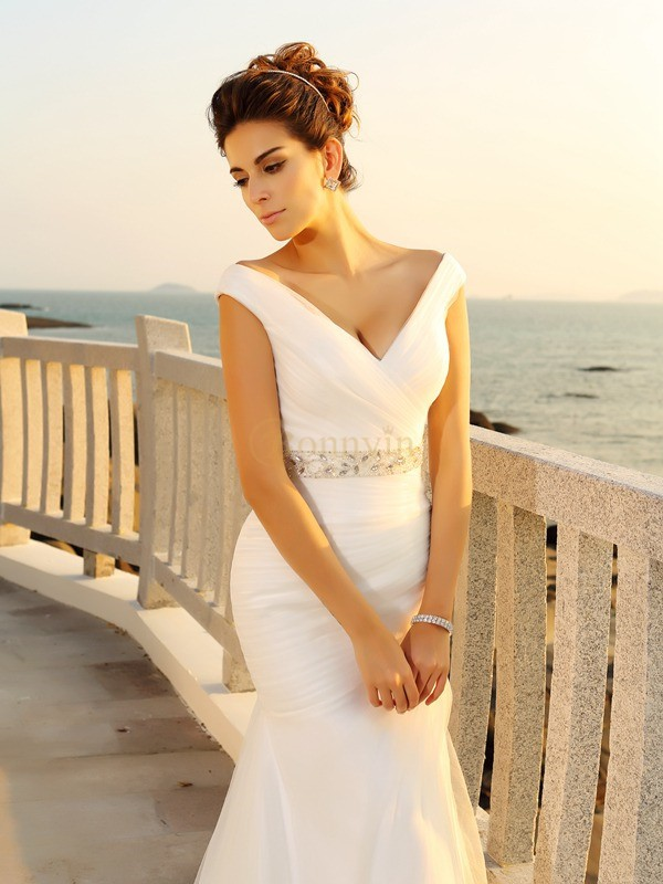 Ivory Net V-neck Sheath/Column Court Train Wedding Dresses