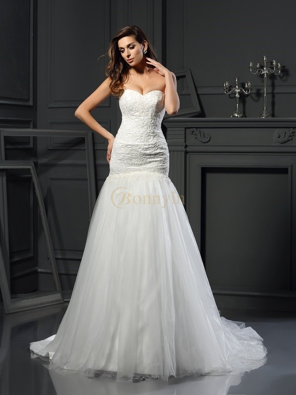 Ivory Tulle Sweetheart Trumpet/Mermaid Chapel Train Wedding Dresses