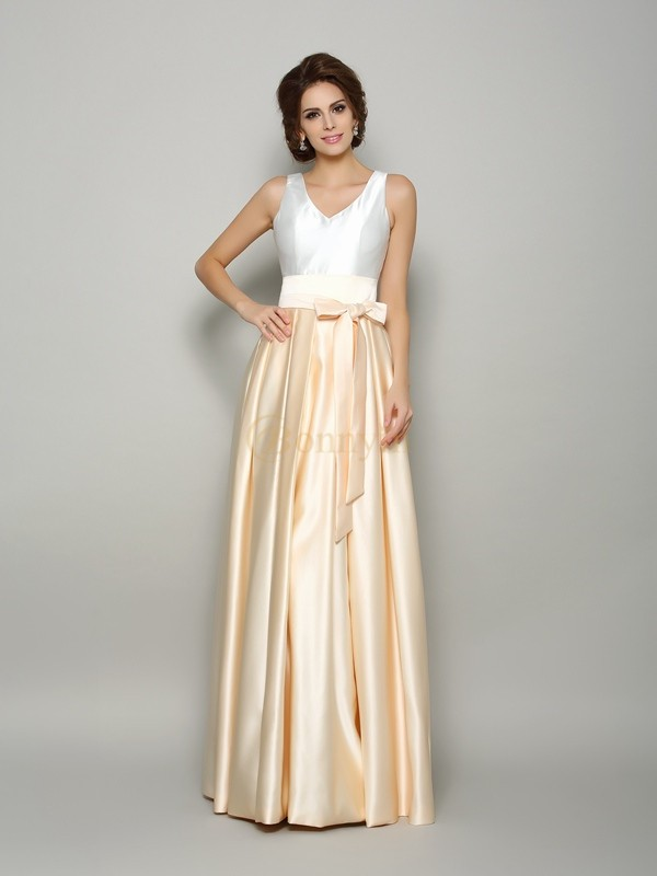 Champagne Satin V-neck A-Line/Princess Floor-Length Mother of the Bride Dresses