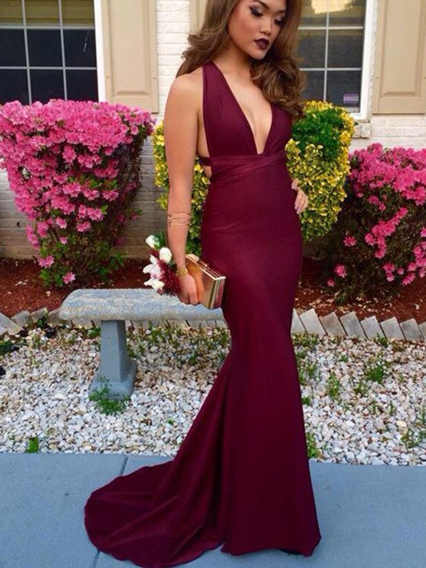 Burgundy Spandex V-Neck Trumpet/Mermaid Sweep/Brush Train Prom Dresses