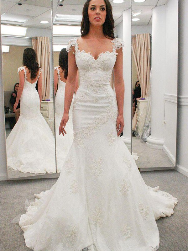 Ivory Lace Sweetheart Trumpet/Mermaid Chapel Train Wedding Dresses