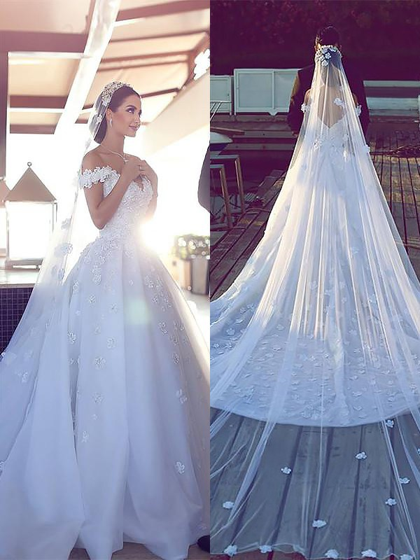 Ivory Satin Chiffon V-neck Ball Gown Chapel Train Wedding Dresses