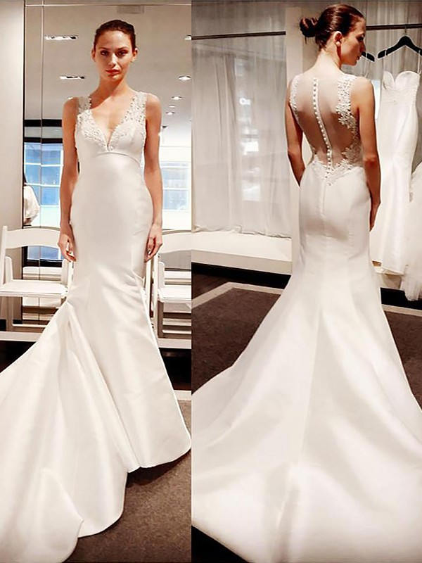 Ivory Satin V-neck Trumpet/Mermaid Court Train Wedding Dresses