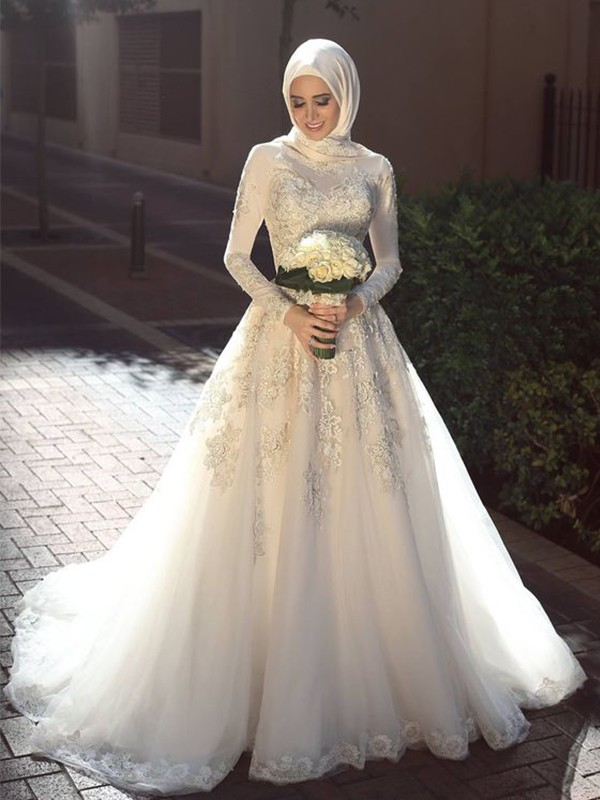 White Tulle Jewel Ball Gown Sweep/Brush Train Wedding Dresses