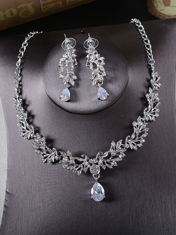 Korean Beautiful Alloy With Rhinestone Ladies Jewelry Set
