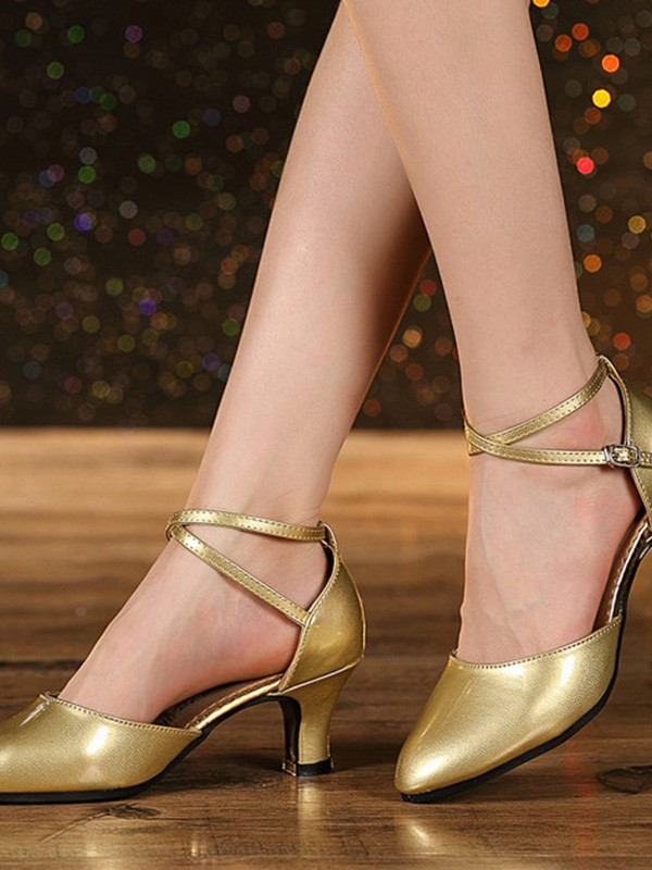 Women Leatherette Cone Heel Closed Toe Sandals