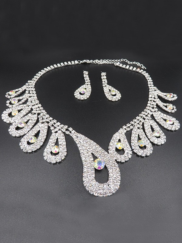 Luxurious Alloy With Rhinestone Wedding Bridal Jewelry Set