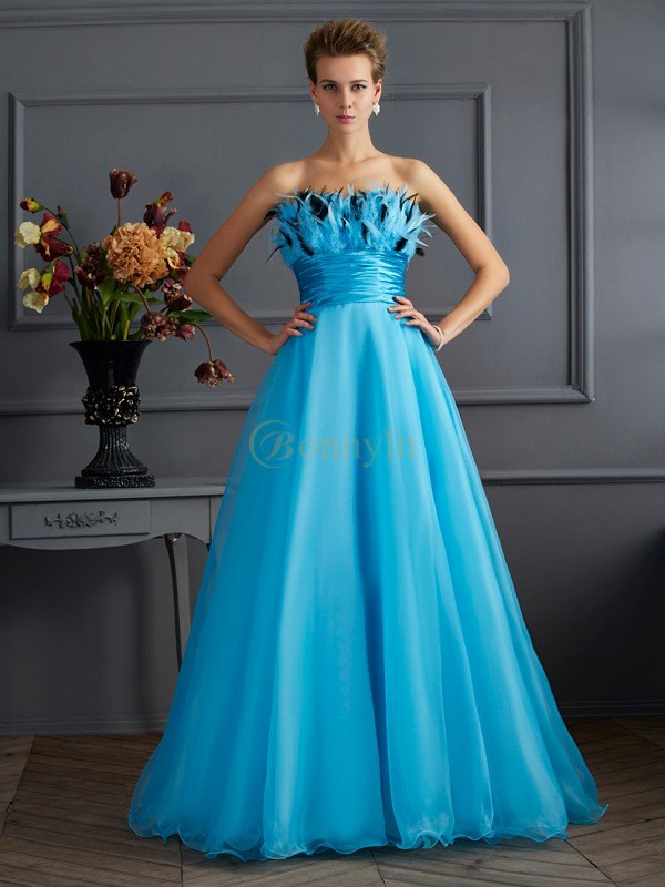 Blue Chiffon Strapless A-Line/Princess Floor-Length Dresses