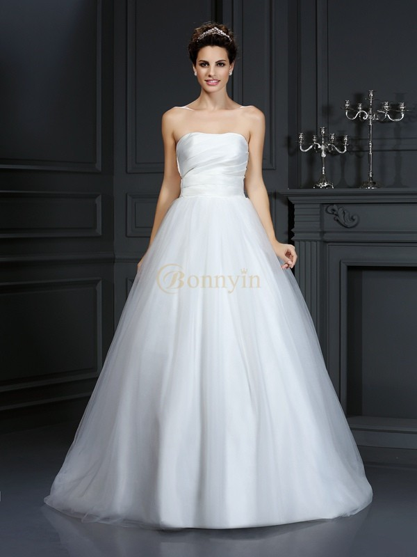 Ivory Taffeta Strapless Ball Gown Court Train Wedding Dresses