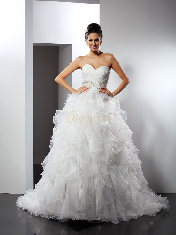 Ivory Organza Sweetheart Ball Gown Chapel Train Wedding Dresses