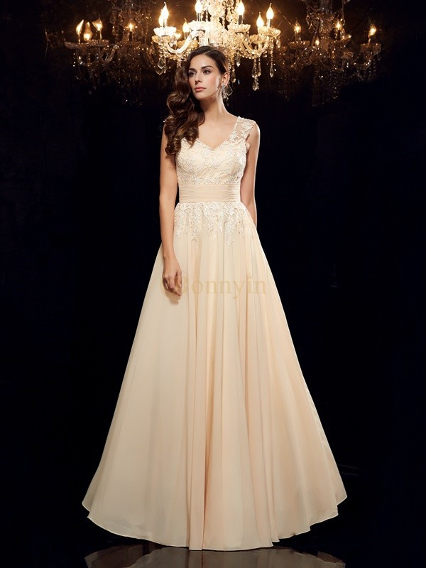 Champagne Chiffon Straps A-Line/Princess Floor-Length Mother of the Bride Dresses