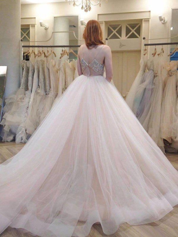 White Tulle Spaghetti Straps Ball Gown Court Train Wedding Dresses