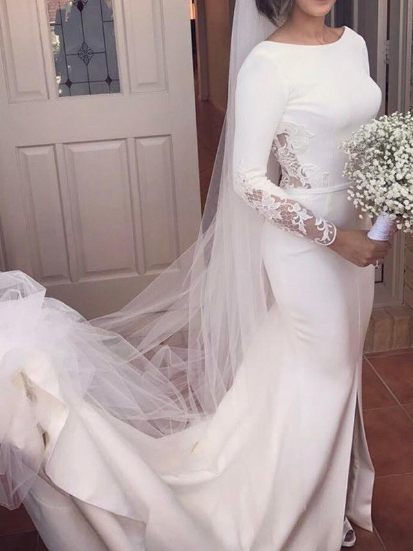 Ivory Satin Scoop Trumpet/Mermaid Court Train Wedding Dresses