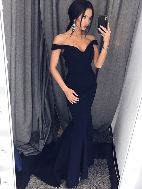 Black Satin V-neck Trumpet/Mermaid Sweep/Brush Train Dresses