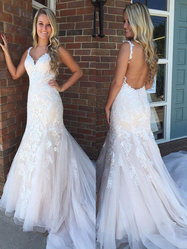 White Tulle V-neck Trumpet/Mermaid Sweep/Brush Train Wedding Dresses